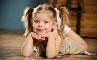 Малышка жутко кокетничает — психология